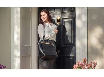 Входные двери: как выбрать и купить подходящую модель для загородного дома